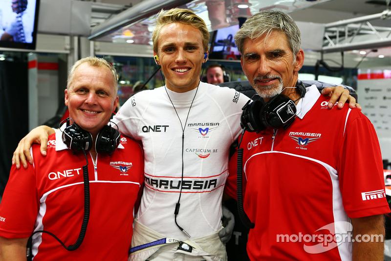 天空体育台F1解说员强尼·赫伯特,玛鲁西亚F1车队车手马克斯·齐尔顿和天空体育台解说员达蒙·希尔