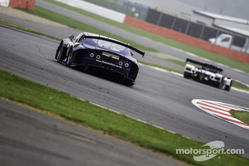 #12 Century Motorsport/Stark Racing Ginetta G55 GT3: Nathan Freke, Ian Stinton