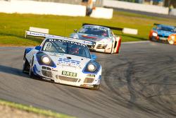 #9 Tonino Team Herberth Porsche 911 GT3 R: Dominic Jöst, Florian Scholze
