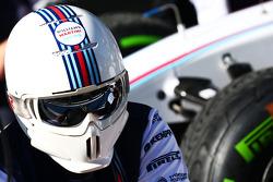 Williams practice pit stops