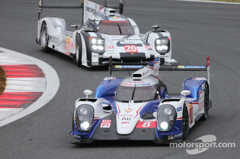 #8 Toyota TS040-Hybrid vs #20 Porsche 919 Hybrid, WEC Fuji 6 Jam 2014