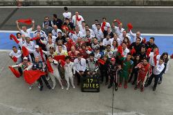 La familia WTCC muestra de apoyo para el conductor Marussia F1 Team Jules Bianchi