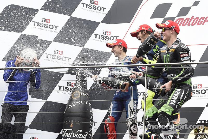 Podium MotoGP Australia 2014: Valentino Rossi, Jorge Lorenzo, dan Bradley Smith