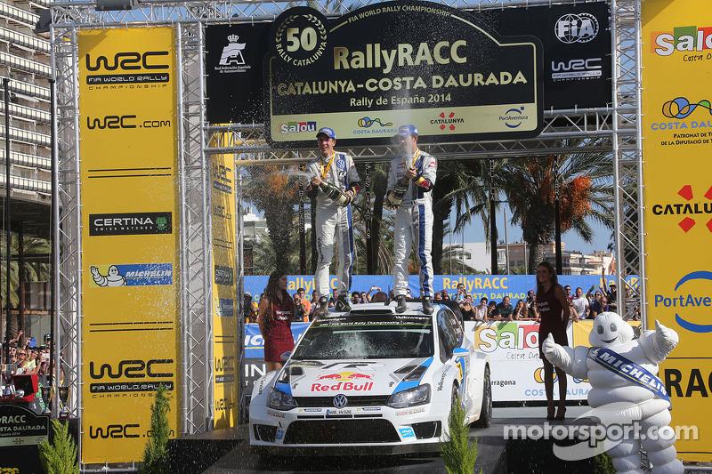 Ganadores y 2014 campeones del WRC Sébastien Ogier y Julien Ingrassia, Volkswagen Polo WRC, Volkswagen Motorsport