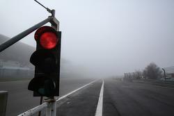 Corrida é parada por neblina