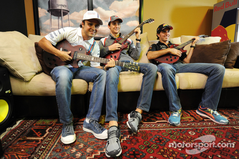 (L to R): Felipe Massa, Williams with Esteban Gutierrez, Sauber and Sergio Perez, Sahara Force India F1 at the Fans' Forum