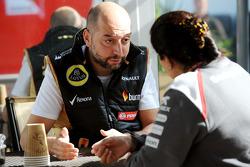 (Da sinistra a destra): Gerard Lopez, Lotus F1 Team Principal con Monisha Kaltenborn, Sauber Team Principal