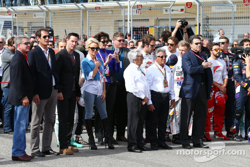 (L to R): Keanu Reeves, Actor; Pamela Anderson, Actress; Bernie Ecclestone, Circuit of The Americas' Official Ambassador on the grid