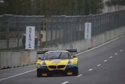 #20 BMW Sports Trophy Team Brasil BMW Z4: Ricardo Sperafico, Rodrigo Sperafico