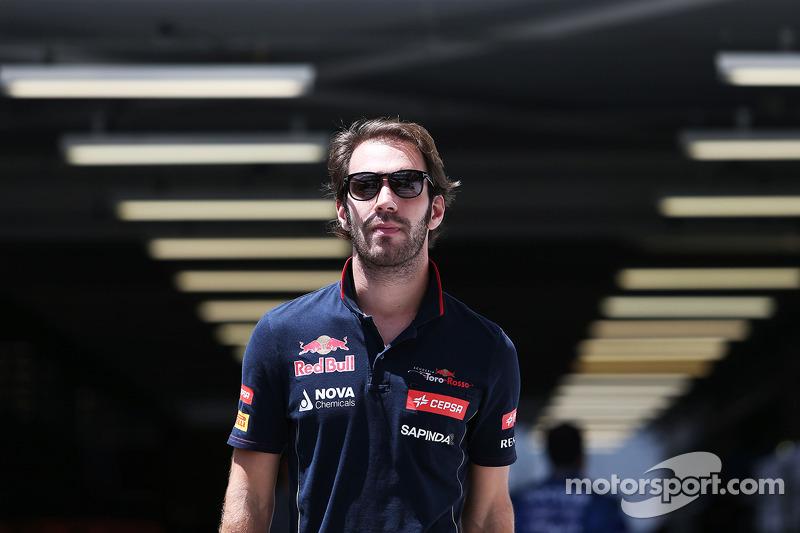 Y por último Jean-Eric Vergne, que ya estuvo en Toro Rosso y que ha confirmado conversaciones con un equipo de Fórmula 1, es otro aspirante al equipo 'B' de Red Bull