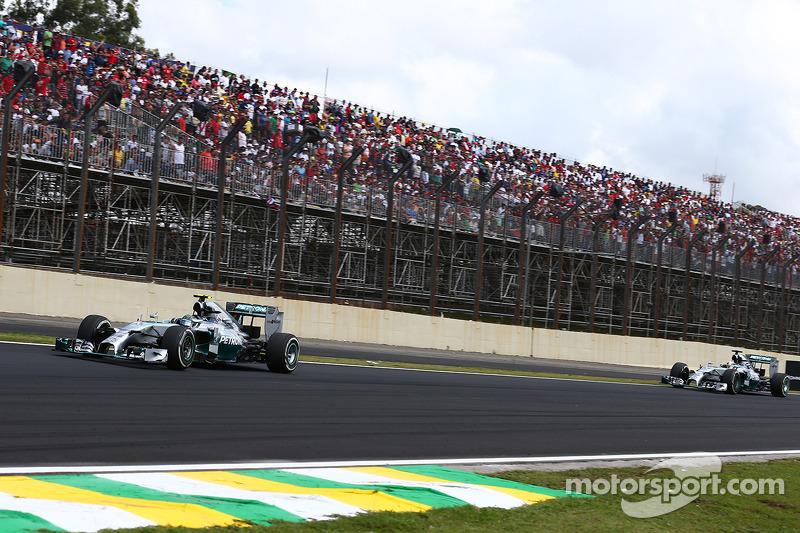 Nico Rosberg, Mercedes AMG F1 W05 y Lewis Hamilton, Mercedes AMG F1