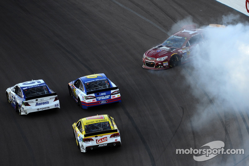 Jamie McMurray, Ganassi Racing Chevrolet in difficoltà