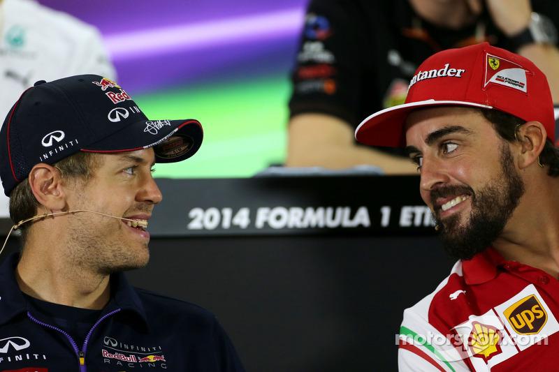Sebastian Vettel, Red Bull Racing; Fernando Alonso, Ferrari