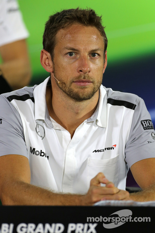 Jenson Button, team di F1 McLaren alla conferenza stampa FIA