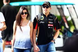 Pastor Maldonado, Lotus F1 Team con la moglie Gabriele