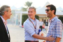 (Links naar rechts): Carlos Sainz, met David Coulthard, Red Bull Racing en Scuderia Toro Advisor / B