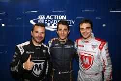 L'autore della pole Nicolas Prost, secondo posto per Oriol Servia e terzo posto per Jérôme d'Ambrosio