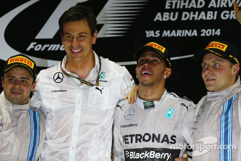 İlk sıra ve Dünya Şampiyonu Lewis Hamilton, Mercedes AMG F1 W05, ikinci sıra Felipe Massa, Williams FW36 ve üçüncü sıra Valtteri Bottas, Williams FW36