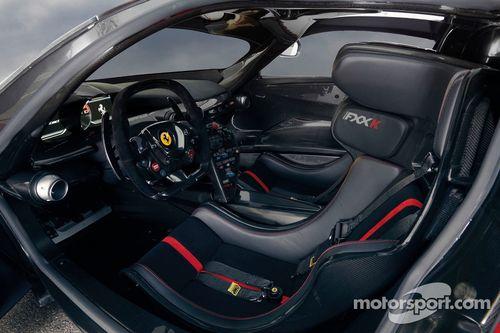 Ferrari mostra FXX K
