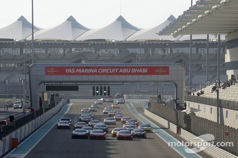 Ferrari Challenge Europe 1. yarış startı