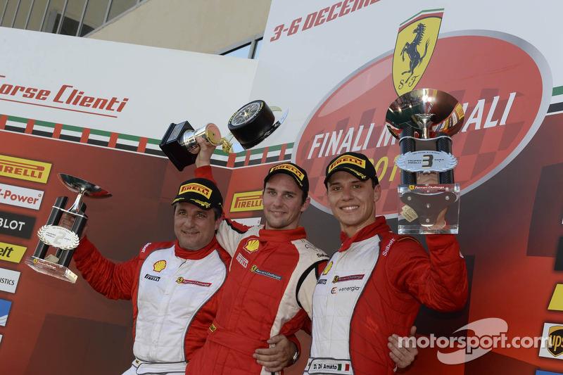 Ferrari Challenge Europe 1. yarış podyumu - Trofeo Pirelli PRO: Kazanan Philipp Baron, ikinci sıra Dario Caso, üçüncü sıra Daniele di Amato