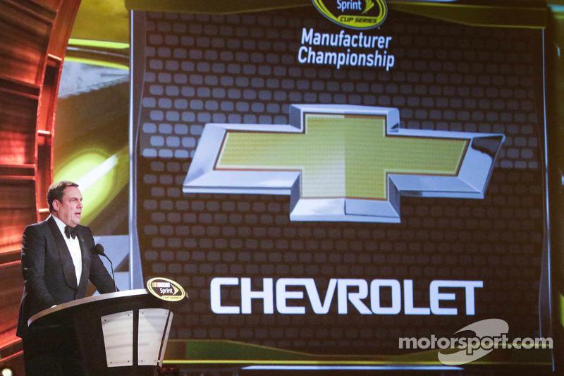 General Motors Ürün Geliştirme Yardımcı Başkan Vekili 2014 NASCAR Sprint Kupası Üreticiler Şampiyon