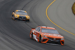 Daniel Suarez, Joe Gibbs Racing, Toyota Camry ARRIS and Erik Jones, Joe Gibbs Racing, Toyota Camry DeWalt