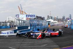 Nick Heidfeld, Mahindra Racing, en lutte avec Nicolas Prost, Renault e.Dams