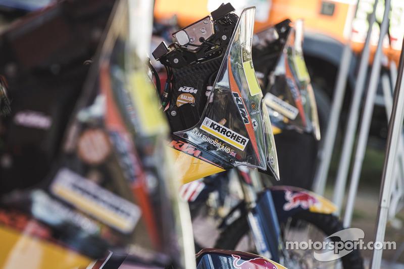 KTM, Details
