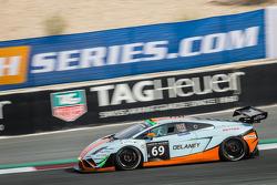 #69 Gulf Racing UK, Lamborghini Gallardo LP560 GT3: Roald Goethe, Stuart Hall, Frédéric Fatien, Jamie Campbell-Walter