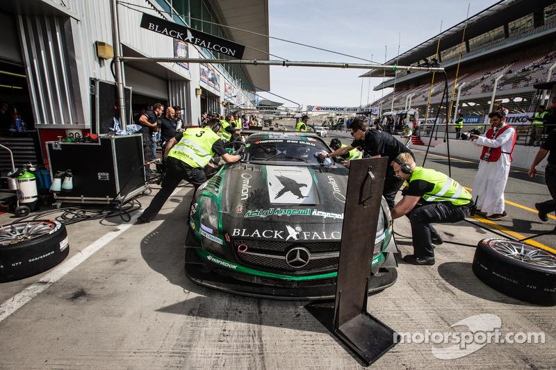 #2进站,黑鹰梅赛德斯 SLS AMG GT3: Abdulaziz Al Faisal, Hubert Haupt, Yelmer Buurman, Oliver Webb
