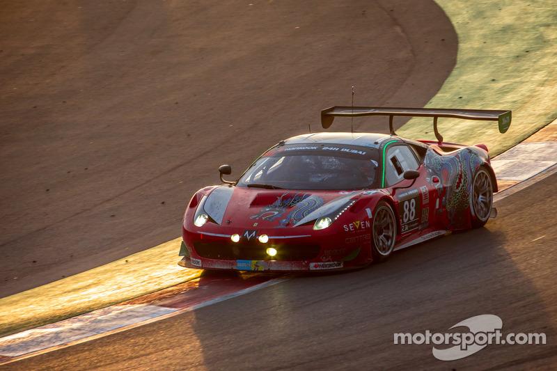 #88 Dragon Racing,法拉利458 Italia GT3: Mohammed Jawa, Jordan Grogor, Matt Griffin, Rob Barff