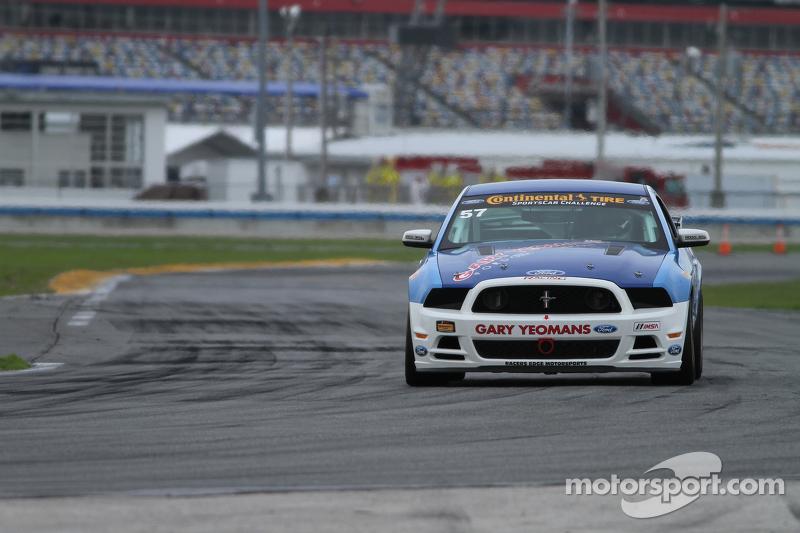 #57 Racers Edge Motorsports Mustang Boss 302R: Michael Lira, Timmy Rivers