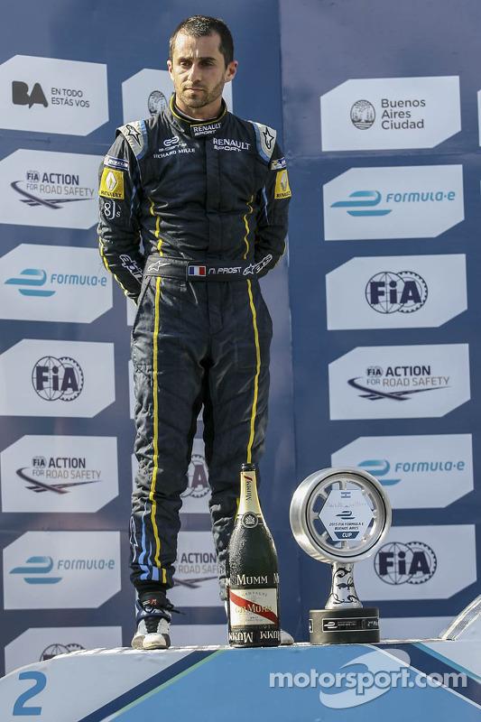 Peringkat kedua Nicolas Prost
