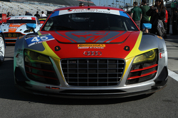 #45 Flying Lizard Motorsports, Audi R8 LMS