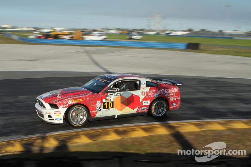 #10 Racers Edge Motorsports, Ford Mustang Boss 302R: Ricardo Flores, Nick Galante