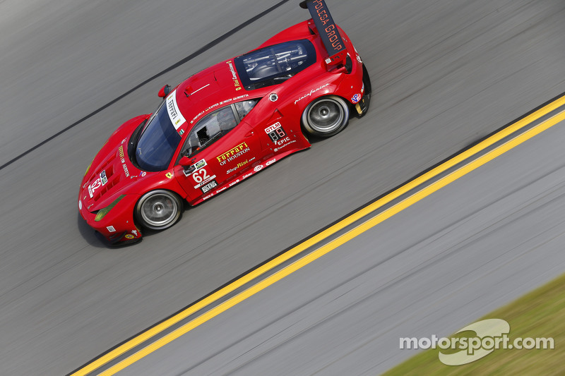 #62 Risi Competizione, Ferrari F458: Pierre Kaffer, Davide Rigon, Giancarlo Fisichella, Olivier Bere