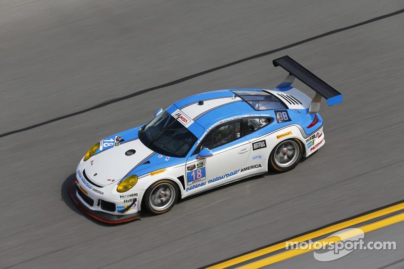 #18 Muehlner Motorsports America Porsche 911 GT America: Marc Basseng, Matteo Beretta, Darryl O'Youn