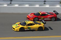 #87 San Diego Ferrari 458: Rich Baek, #777 Ferrari Québec Ferrari 458TP: Emmanuel Anassis