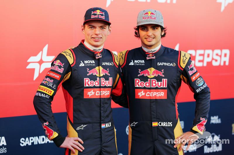 (Von links nach rechts): Max Verstappen, Scuderia Toro Rosso, mit Teamkollege Carlos Sainz jr., Scuderia Toro Rosso
