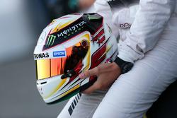 El casco de Lewis Hamilton, de la escudería Mercedes AMG de F1