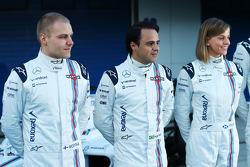 (Von links nach rechts): Valtteri Bottas, Williams, mit Felipe Massa, Williams, und Susie Wolff, Williams-Entwicklungsfahrerin