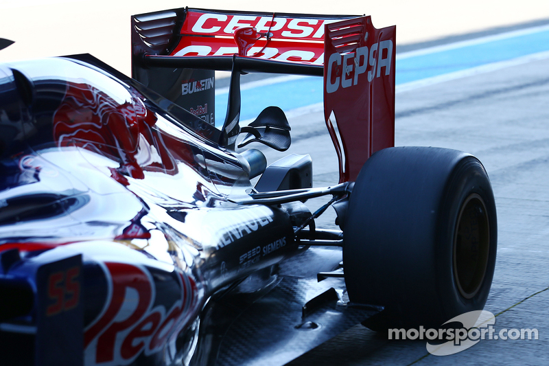 Scuderia Toro Rosso STR10, Heckflügel-Detail
