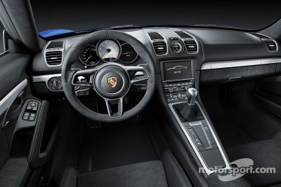 Porsche Cayman GT4 tanıtımı