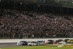Start: Ryan Newman and Kasey Kahne battle for the lead
