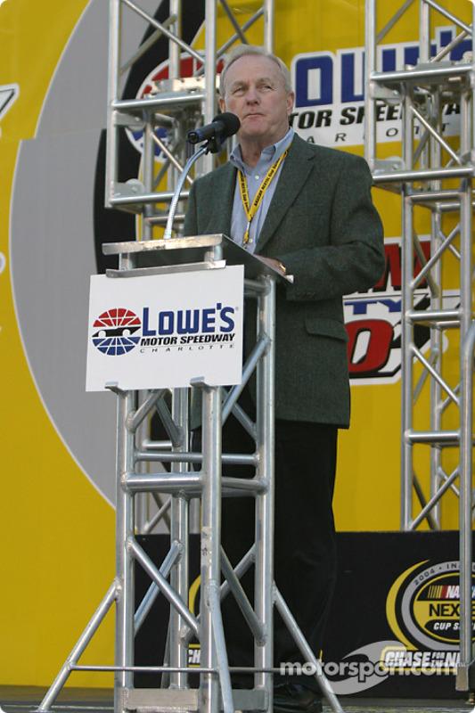 Présentation des pilotes : un mot du président du Lowe's Motor Speedway Humpy Wheeler