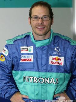 Jacques Villeneuve seat fitting at Sauber factory in Hinwil: Jacques Villeneuve