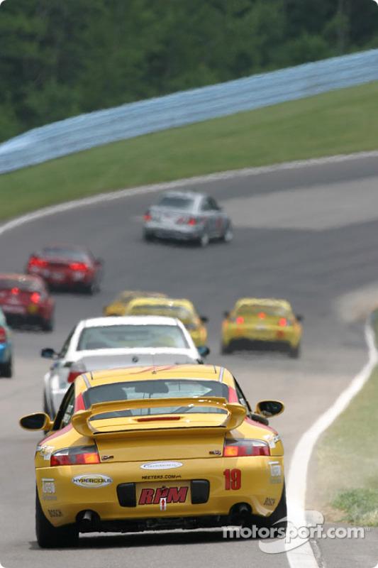 La Porsche 996 n°19 Race Prep Motorsports : Mike Pickett, Spencer Pumpelly, Michael Levitas