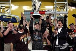 2004 NASCAR NEXTEL Cup champion Kurt Busch celebrates