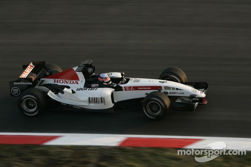 Takuma Sato testing new BAR Honda 007